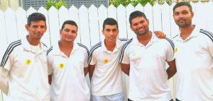 חמשת שחקני אריות לוד בסגל נבחרת ישראל בקריקט. צילום: דוברות העירייה.