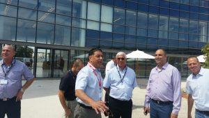ראש העיר ומנכלי קבוצת UMI מסיירים במתחם החדש בלוד.צילום דוברות העירייה