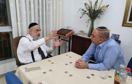 לאחר סערת הקרוואן הבלתי חוקי: ראשי הקהילה החרדית בגני איילון מתנצלים בפני רביבו