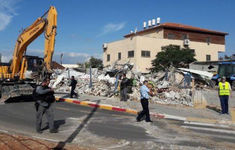 עיריית לודביצעה הריסה של מבנה בלתי חוקי חדש ברח' יצחק שדה פינת סוקולוב