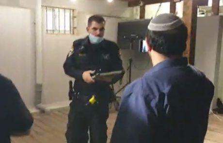 """עכשיו הם מתחילים """"למשול"""": שוטרים הגיעו ב-22:30 לסגור אירוע של הגרעין בגלל תלונות על רעש"""