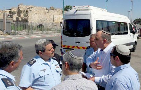 """מפכ""""ל המשטרה בביקור בלוד לתגבור הביטחון בעיר"""