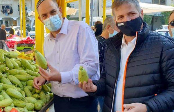 """סגן שר הבריאות סייר בשוק לוד: """"המאבק לפתיחת השווקים – היה מוצדק"""""""