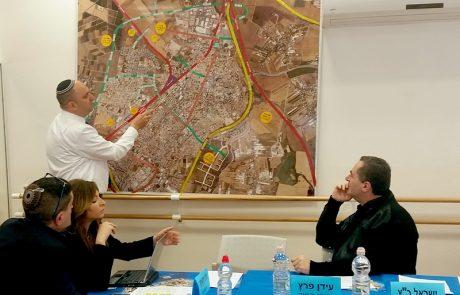"""שר התחבורה, ישראל כץ:""""העיר לוד תהיה עיר מודרנית שתאפשר נגישות תחבורתית יעילה""""."""