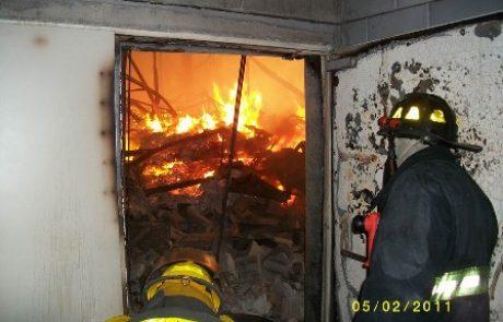 10 נפגעים בשריפה ברחוב איינשטיין