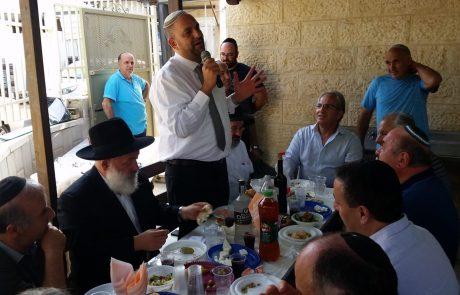 """ראש העיר ברך את חברי הקהילה הגיאורגית בלוד בברכה מיוחדת בליל """"הושענא רבא"""""""