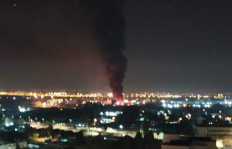 ראשוני: שריפת ענק באזור התעשייה הצפוני בלוד. עשרות פיצוצי משנה נשמעים במרחב