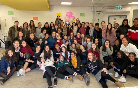 לא רק למידה מרחוק: תלמידות האולפנא בלוד הכינו קליפ עצמאות מרגש עבור כבדי שמיעה