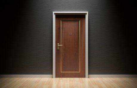 מה חשוב לדעת כשמזמינים דלתות לבית?