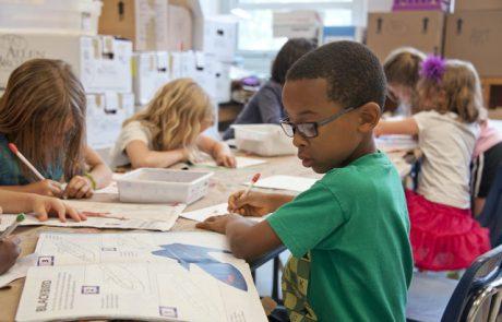 """סערת ילדי הזרים בלוד: המרכז למדיניות הגירה ישראלית קורא להקמת מערכת של בתי ספר """"בינלאומיים"""""""