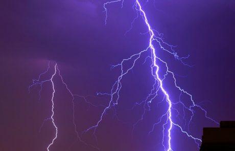 מזג האוויר הסוער: בן 25 נפל מפרגולה בלוד – מצבו קשה